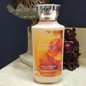 B&BW Sensual Amber body lotion.